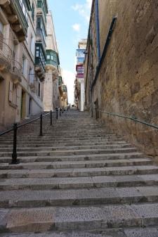 An unending staircase sidewalk